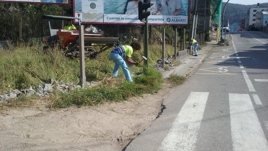 La Xunta empieza a construir la nueva rotonda de Domaio