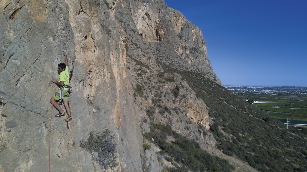 Un proyecto del Consell prohíbe la escalada en 200 puntos de la provincia de Alicante
