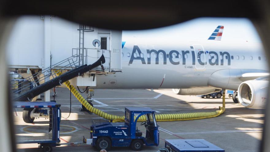 American Airlines despedirá a 19.000 empleados y United Airlines a otros 13.000