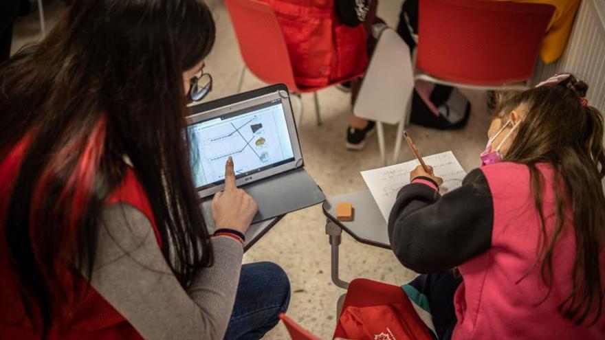Ayuda a la infancia en Cruz Roja de Santa Cruz