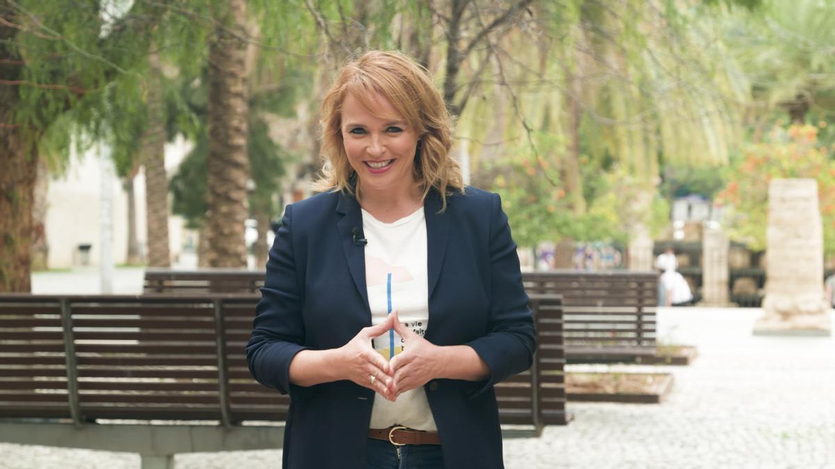 La presentadora valenciana en uno de los programas grabados.
