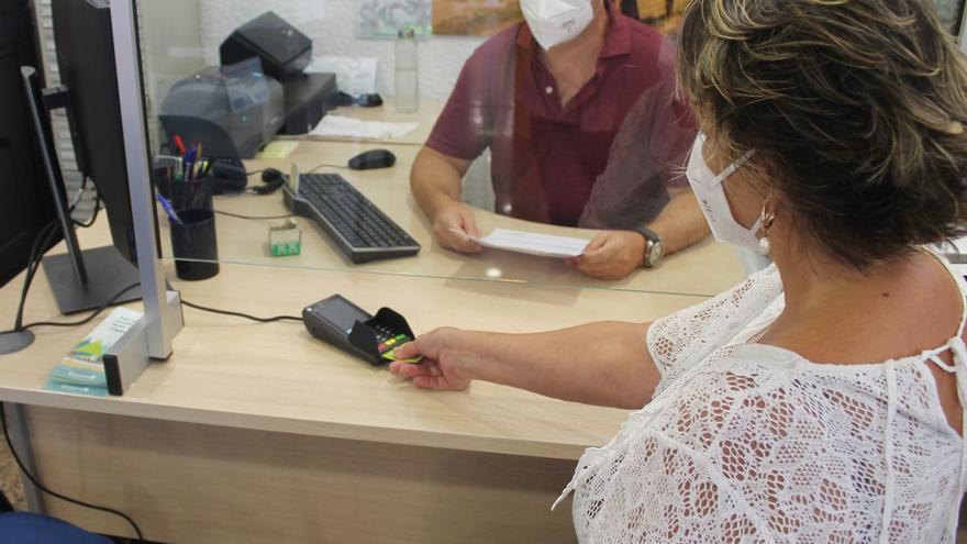 Benicàssim facilita el pago con tarjeta para la matrícula de talleres de la FPA