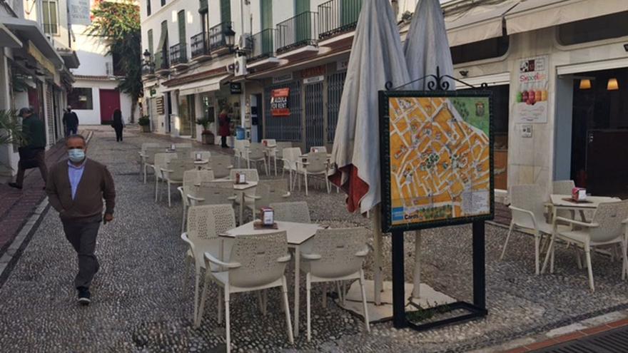 La actividad no esencial de Marbella cerrará esta medianoche ante el descontrol del Covid
