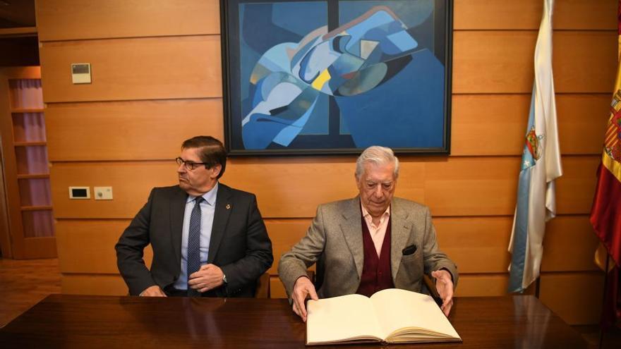 """Vargas Llosa: """"El gran problema de nuestro tiempo es la posverdad"""""""