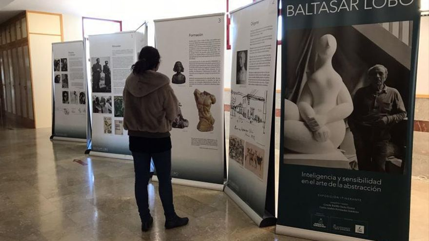 La exposición itinerante de Baltasar Lobo llega al IES Alfonso IX de Zamora