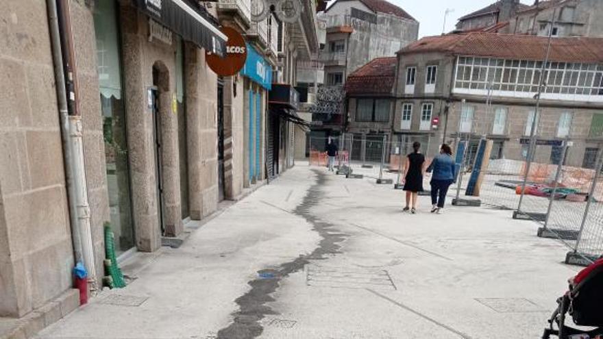 La Policía investiga el sabotaje a las obras de la plaza de Ponteareas con aceite industrial