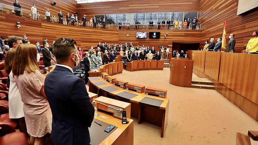 """Mañueco presenta las líneas de unos presupuestos con los que """"modernizar"""" la región"""