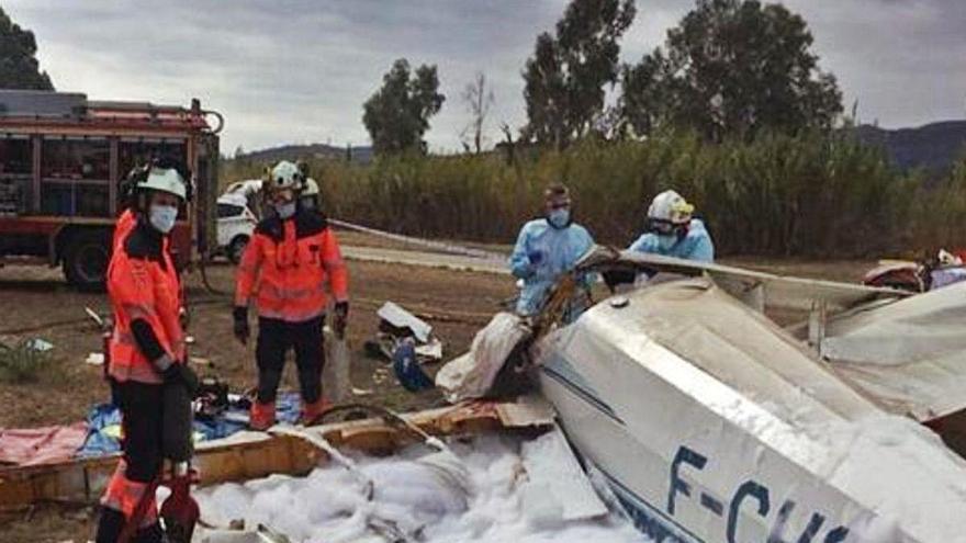 El pasajero del piloto fallecido intentó aterrizar la avioneta accidentada en la Axarquía