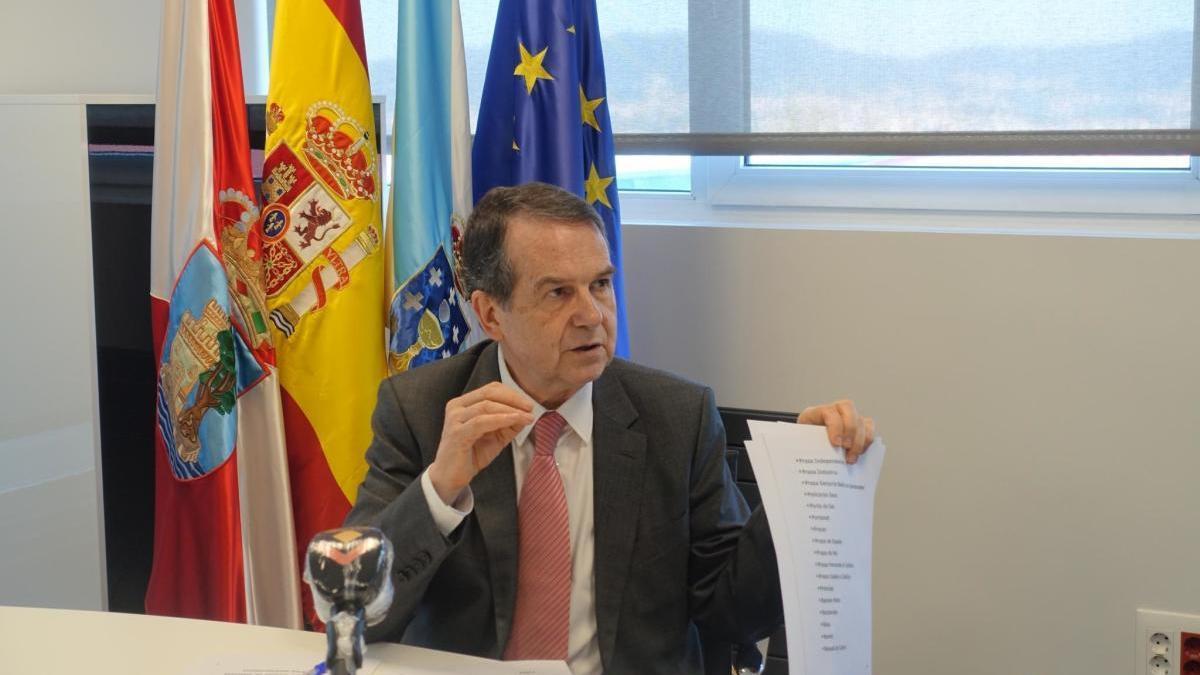 El alcalde, Abel Caballero, durante la rueda de prensa por videoconferencia de esta mañana.