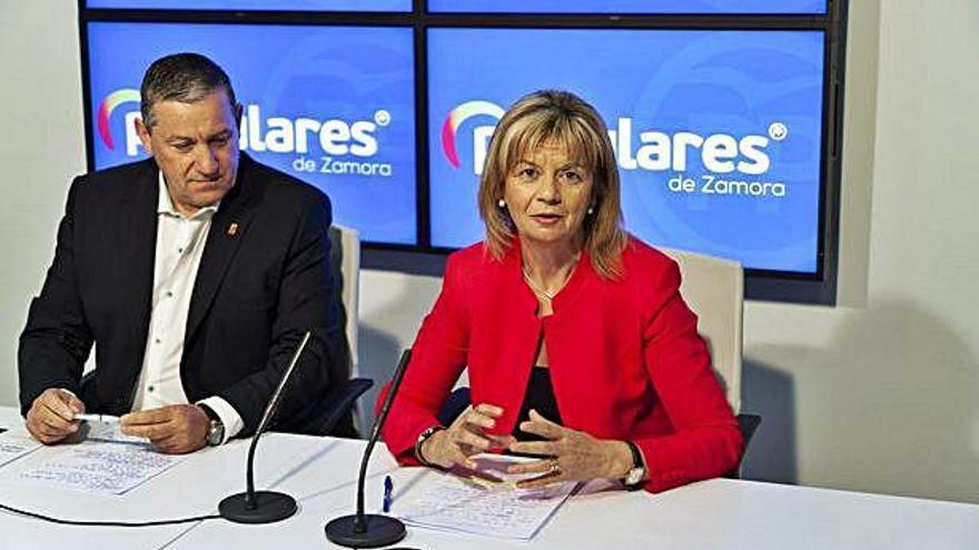 Zamora es la única provincia donde el PP y el PSOE cambian a sus cabezas de lista