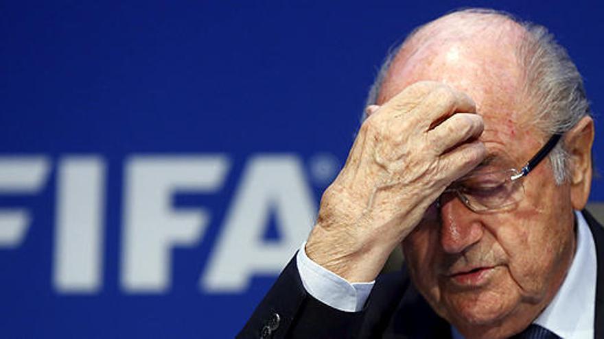 Blatter recibe el alta tras ser hospitalizado por estrés