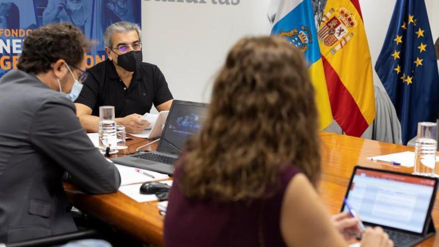 Román pide estar en el reparto de fondos europeos que hace Madrid