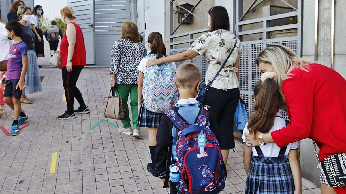 Jornada de vuelta a las clases, ayer por la mañana, en el colegio Calasancias.