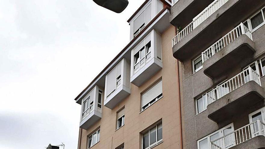 El Concello realoja a los vecinos del edificio de Santo Tomás en el que demolerá dos plantas