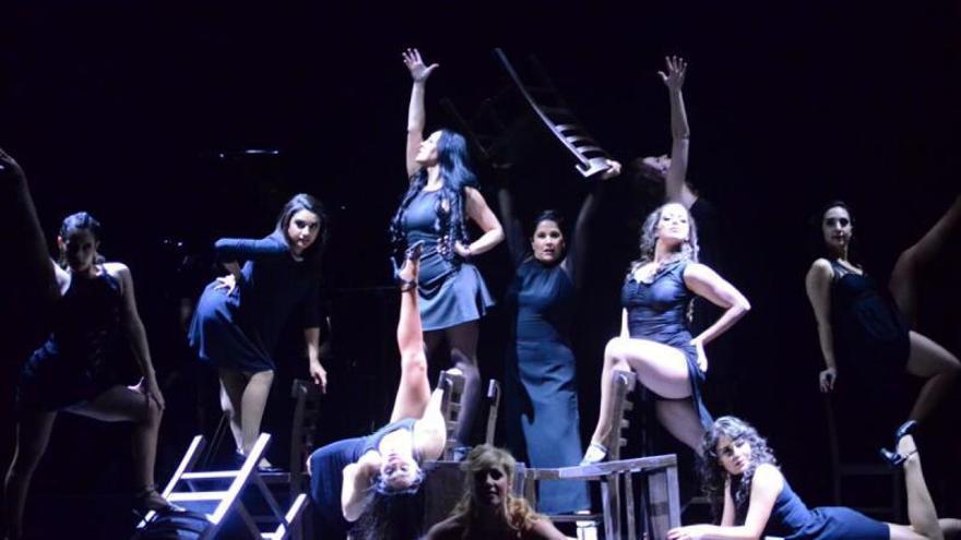Benalmádena se empeña en que vuelve a nuestras vidas la magia del teatro y el musical