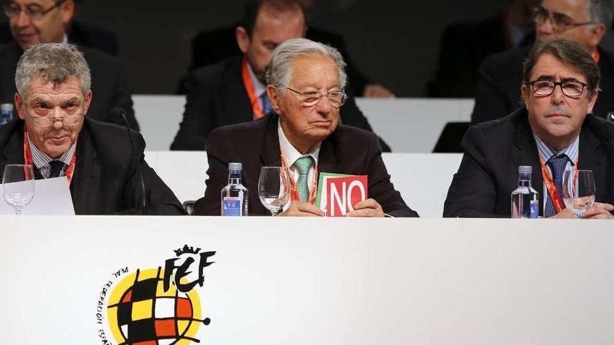 Jorge Pérez exige a Ángel Villar una asamblea extraordinaria de la FEF