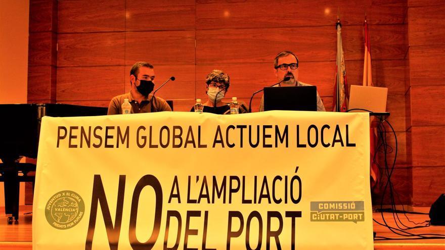 Debate en Torrent sobre las consecuencias de la ampliación del puerto de València