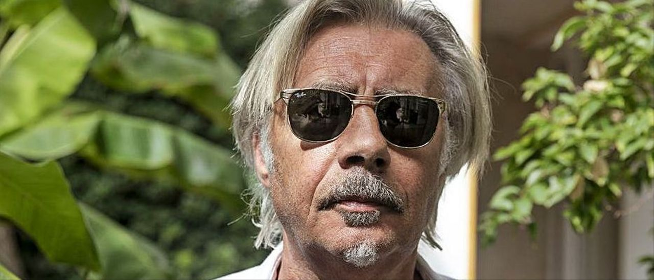 Glen Matlock, ayer, en el jardín del hotel Araxa de Palma.