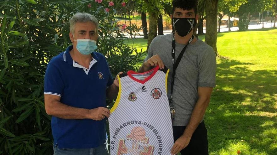 El Peñarroya se refuerza de cara al salto a la EBA con el base Ricky Caballero