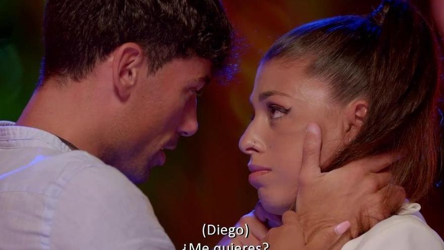 ¿Qué ver hoy en televisión? Lola y Diego resuelven su hoguera en 'La isla de las tentaciones' frente a la vergüenza de María en 'Cuéntame'