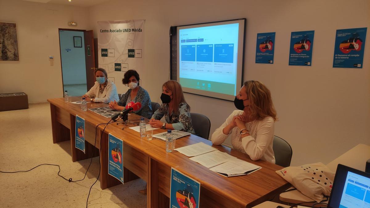 Presentación de los cursos de verano de la UNED.