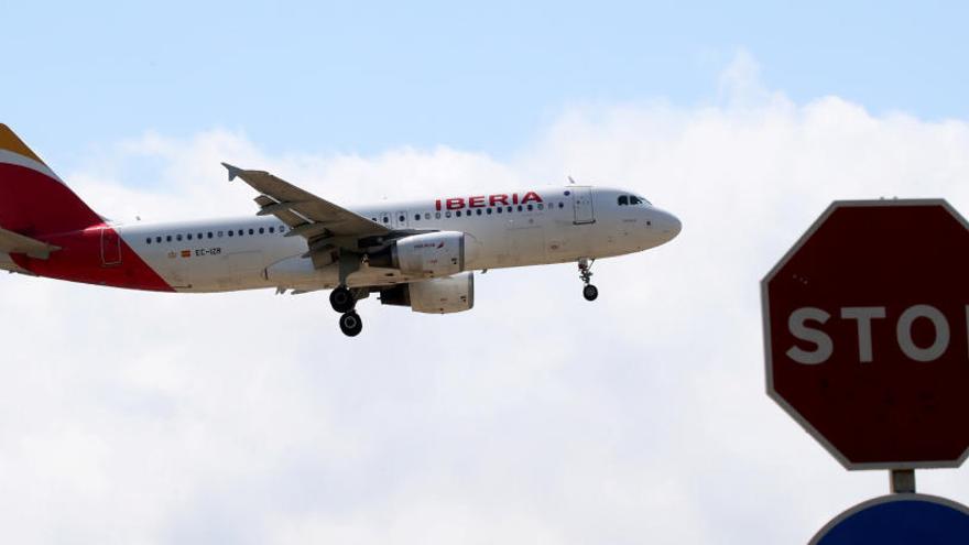 Iberia presenta un ERTO per al 90% de la plantilla i cancel·la la gran majoria de vols