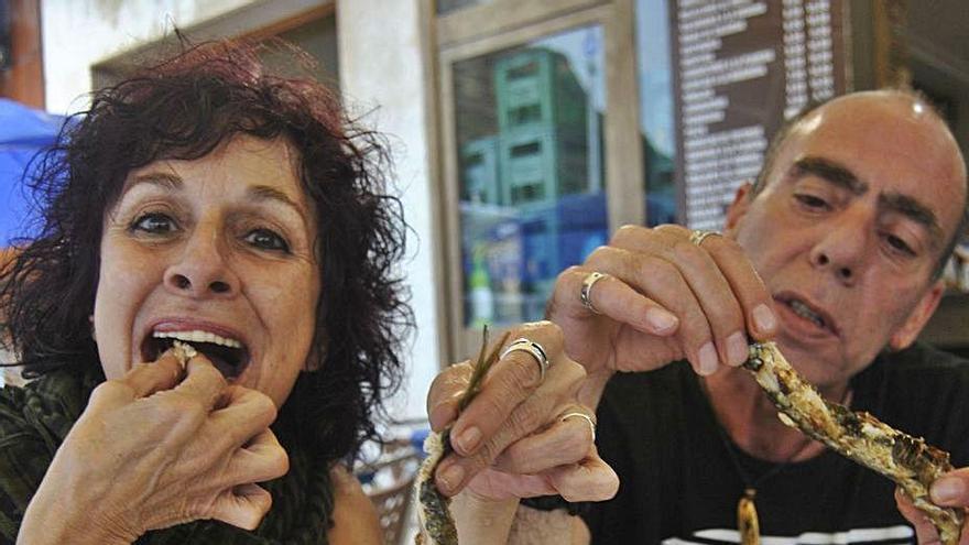 Sardinas sin lata y con mascarilla