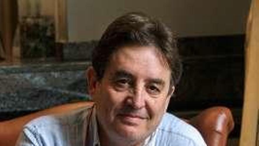 El poeta Luis García Montero, nuevo director del Instituto Cervantes