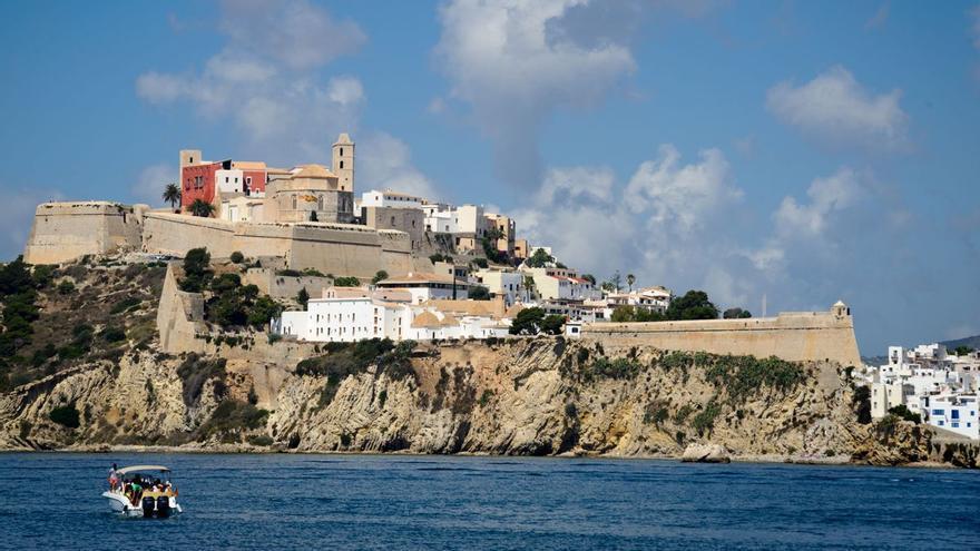 """Mit der Prämie """"Weltkulturerbe"""" Ibiza im Herbst entdecken!"""