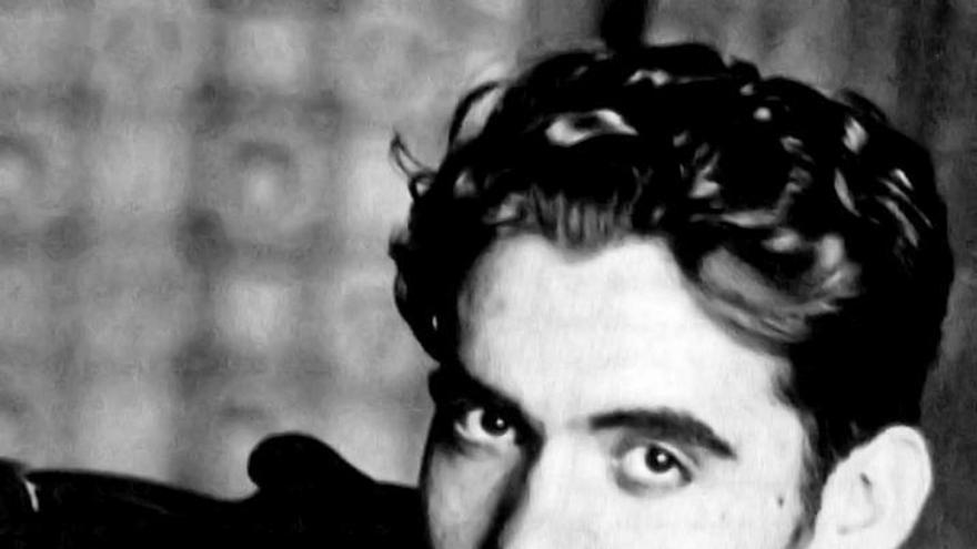 """""""Impresiones y paisajes"""", el primer libro de Lorca, a subasta por 6.900 euros"""