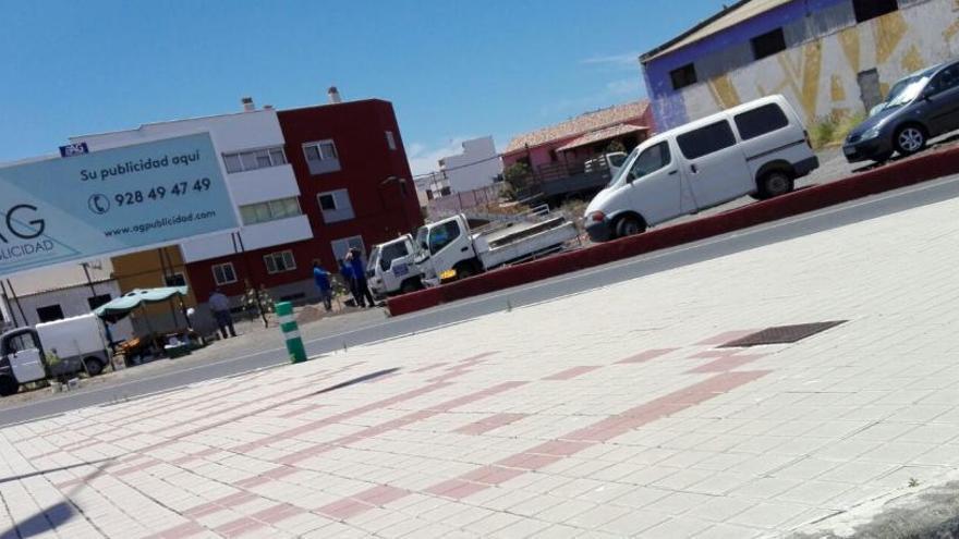 IUC denuncia la colocación de vallas ilegales en Marzagán