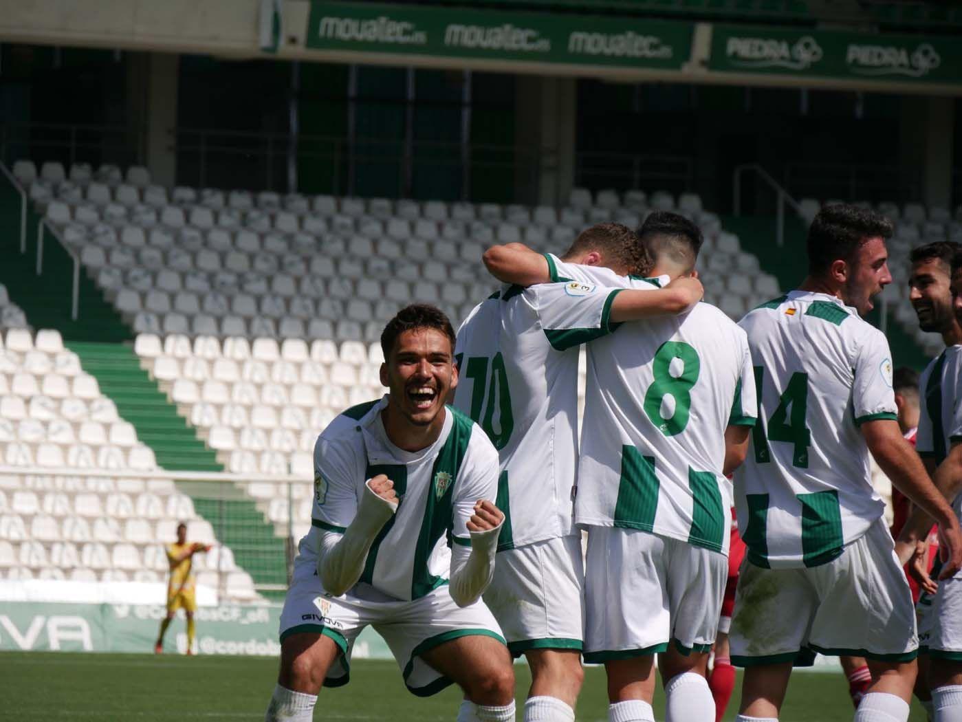 El Córdoba CF B golea al Utrera en El Arcángel