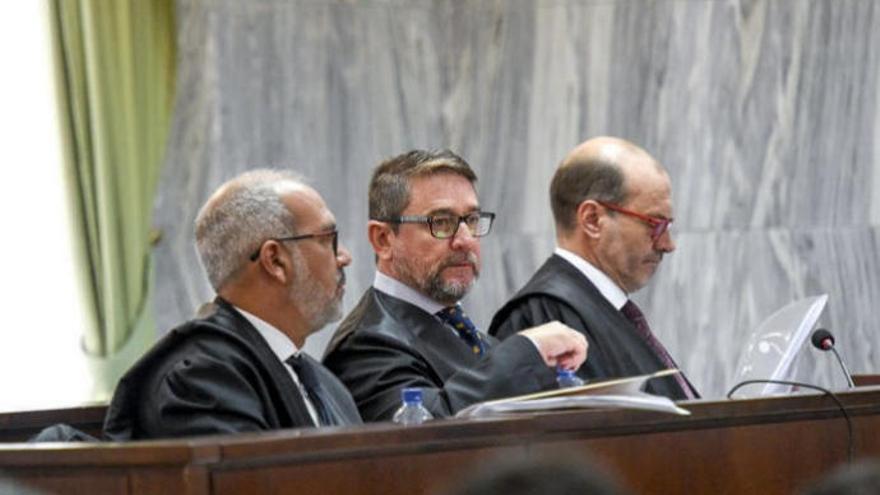 """El juez Alba alega que """"no podía callar"""" ante las """"irregularidades"""" de Rosell"""