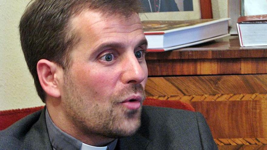El bisbe Novell mantindrà el dret a sou tot i casar-se