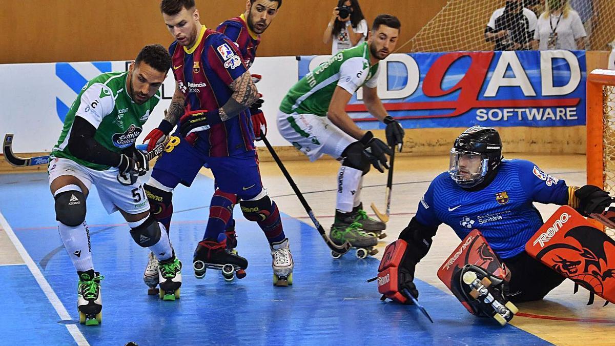 Partido entre el Liceo y el Barcelona de la Copa del Rey disputada en junio en A Coruña. |  // VÍCTOR ECHAVE
