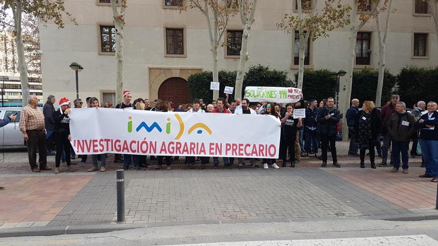 Los trabajadores del Imida llevan sus protestas a San Esteban