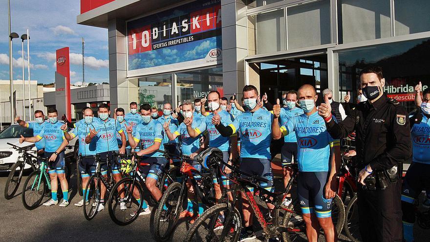 Los guardianes de la seguridad que comparten pasión por la bici
