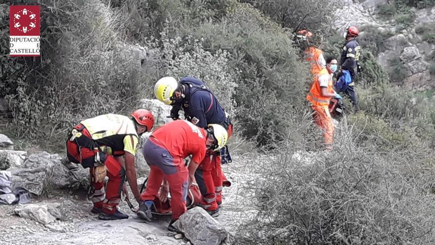 Rescatan en helicóptero a un escalador en Jérica