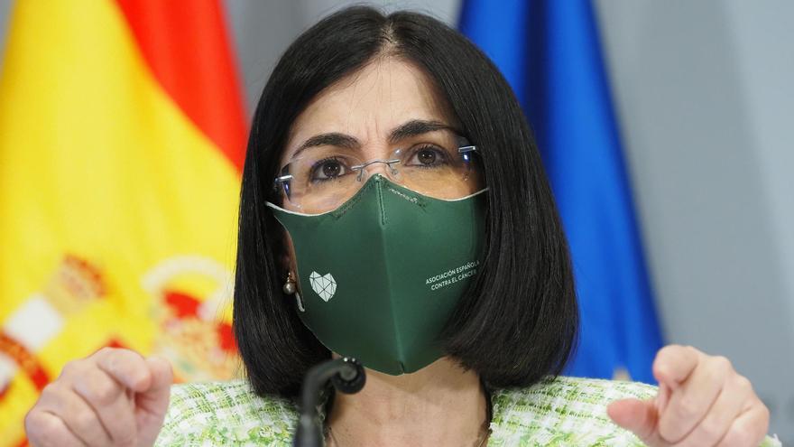 """Darias mantiene el objetivo de que en verano el 70% de los españoles estarán vacunados: """"Está al alcance de la mano"""""""