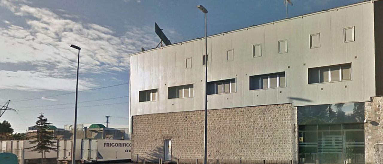 El local adquirido en su día por Marcos Grandío en el Polígono de Granda.| Google Maps
