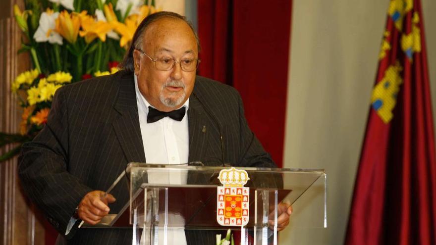 Fallece a los 83 años 'el Maestro' Juan Ignacio de Ibarra