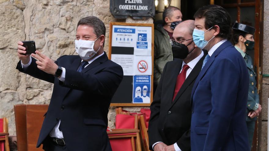 Castilla y León, Aragón y Castilla-La Mancha exigen al Gobierno tratar la despoblación con las ocho comunidades afectadas