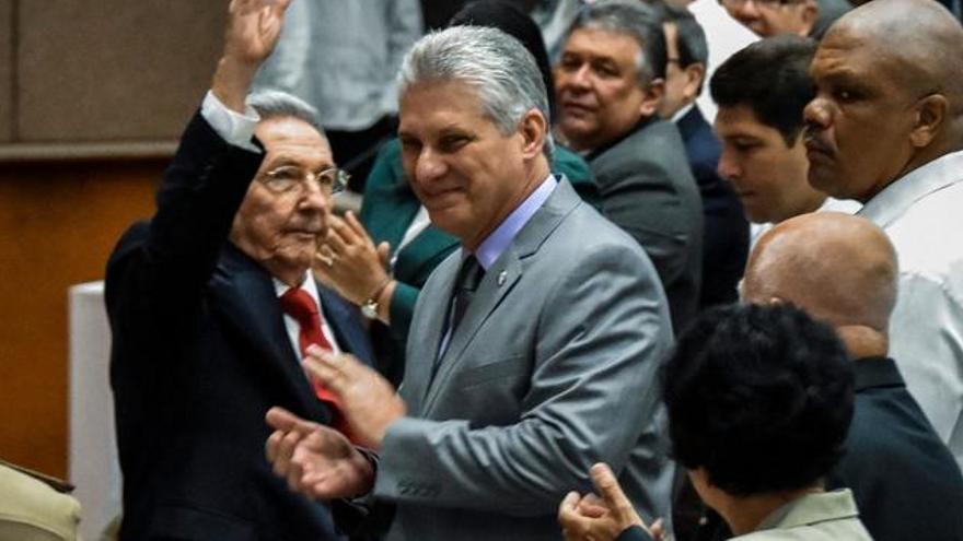 Castropol invita al presidente de Cuba a conocer la tierra de sus antepasados