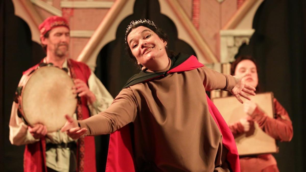 'Iolant d' Aragó, entre pare, marit i nadons' es el nuevo espectáculo histórico-musical de Mara Aranda.