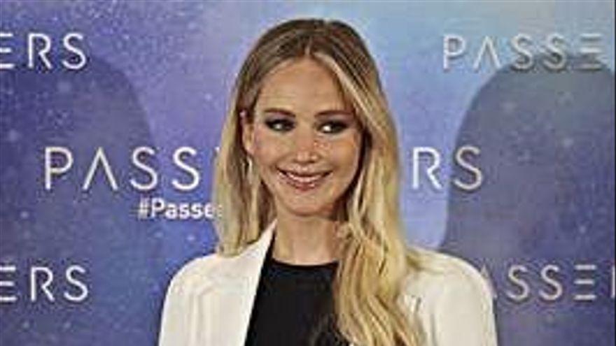 Jennifer Lawrence abandona la soltería
