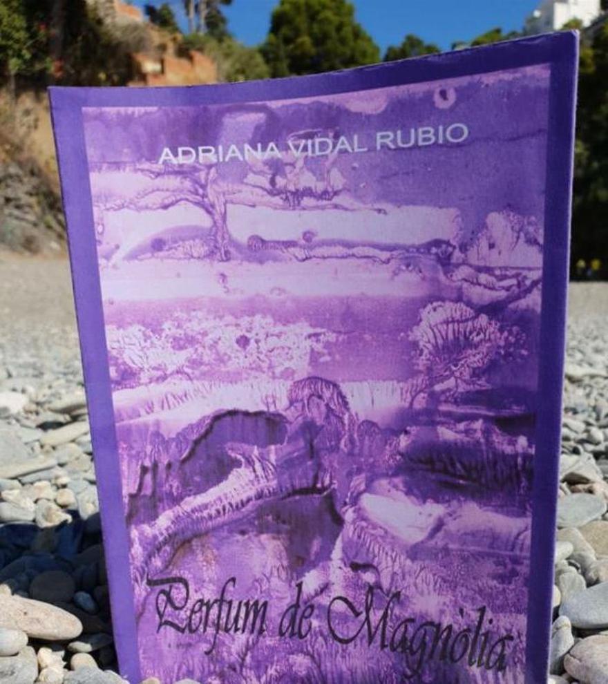 Presenten el llibre «Perfum de Magnòlia» a Portbou