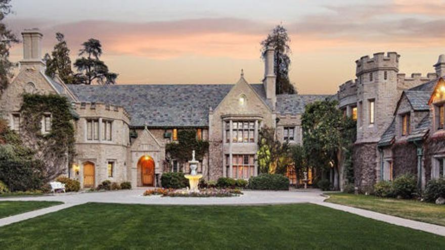 La mansión Playboy, la casa vendida más cara de Los Ángeles