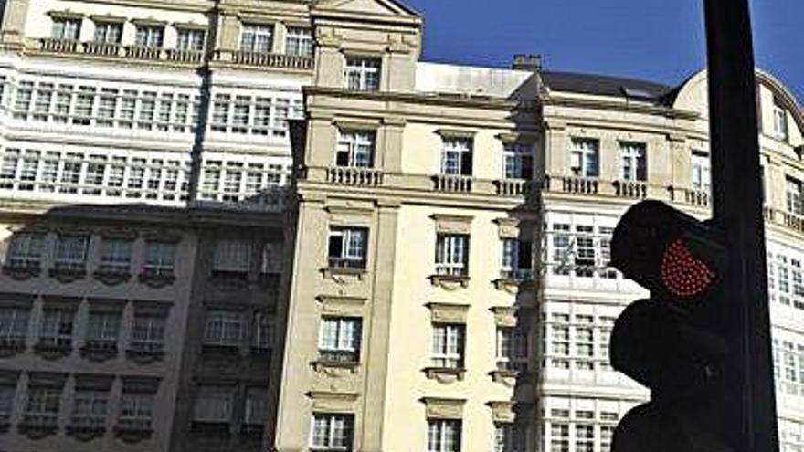 Ochenta dueños del edificio Fenosa exigen responsabilidad patrimonial al Concello