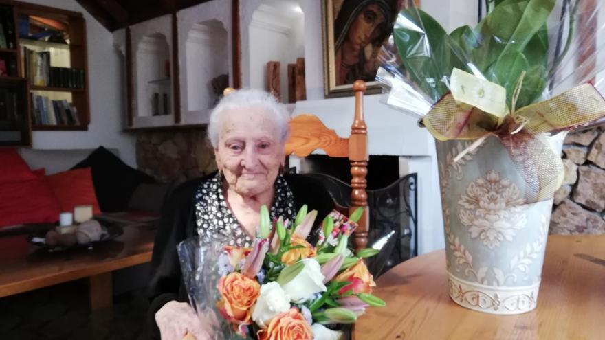 La abuela de Raquel del Rosario cumple 101 años