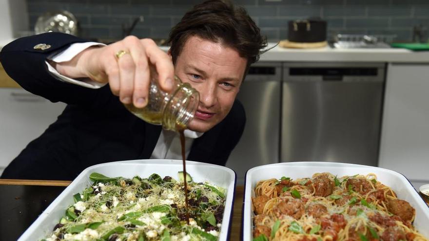 El chef británico Jamie Oliver, al borde de la quiebra
